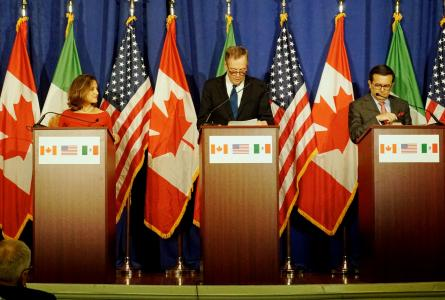 nafta ministers at podii