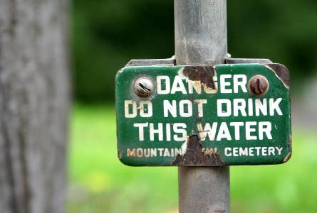 contaminated water sign